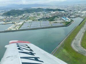 松山空港を離陸